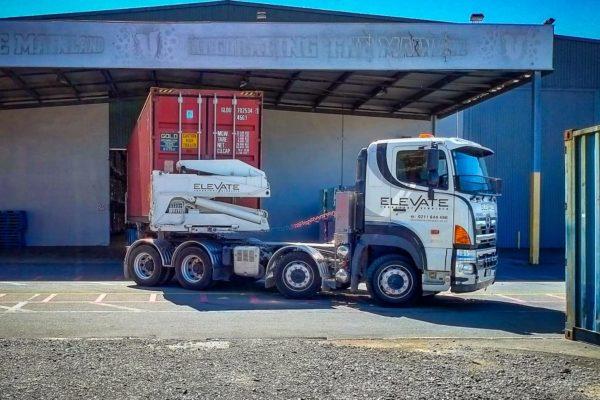 Elevate_transport_logistic_services_crane_truck_12