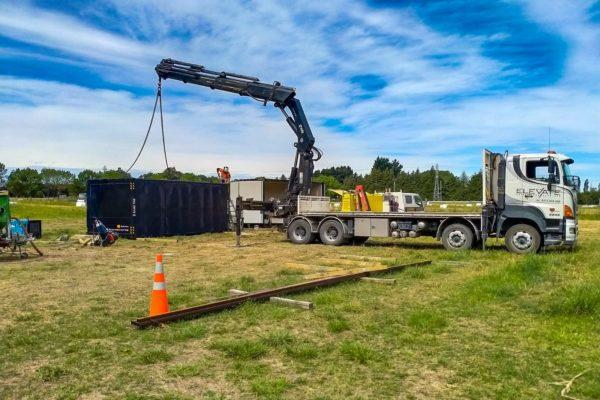 Elevate_transport_logistic_services_crane_truck_15