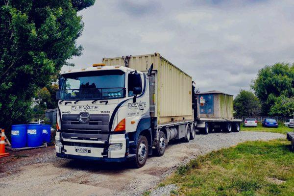 Elevate_transport_logistic_services_crane_truck_18