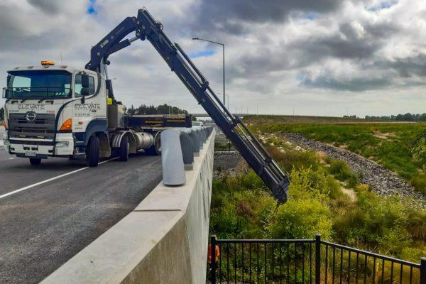 Elevate_transport_logistic_services_crane_truck_21