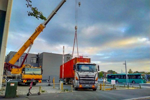 Elevate_transport_logistic_services_crane_truck_22