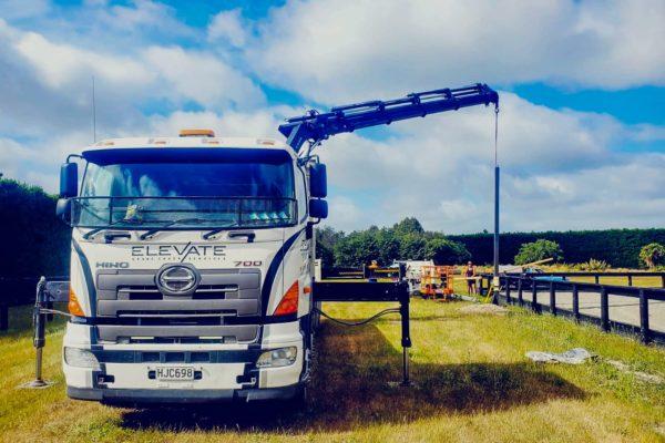 Elevate_transport_logistic_services_crane_truck_23