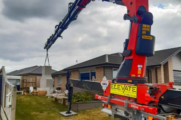 Elevate_transport_logistic_services_crane_truck_29