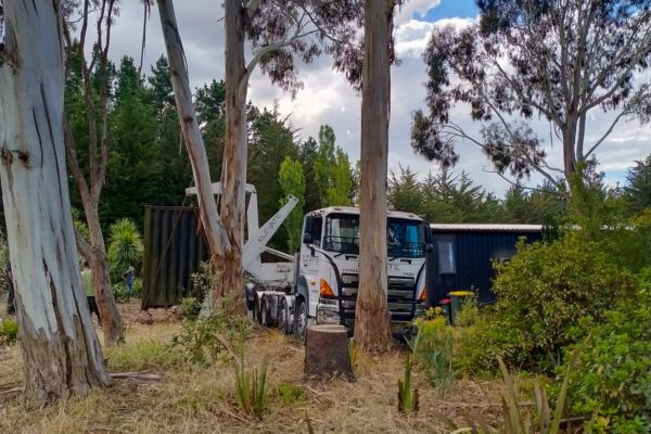 Elevate_transport_logistic_services_crane_truck_31