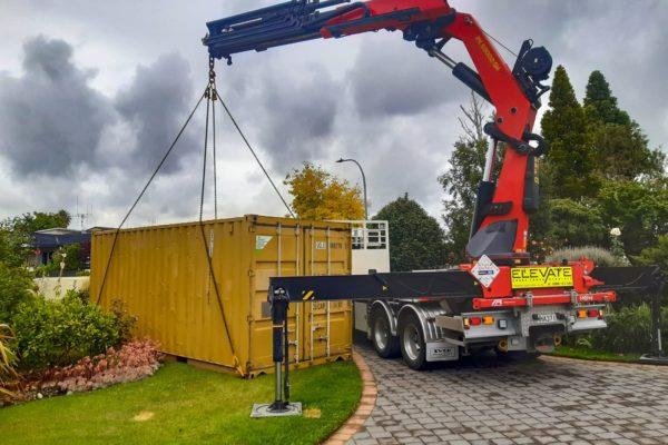 Elevate_transport_logistic_services_crane_truck_36