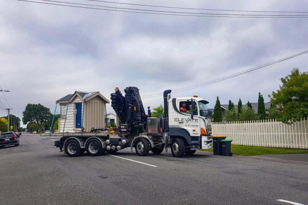 Elevate_transport_logistic_services_crane_truck_39