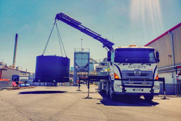 Elevate_transport_logistic_services_crane_truck_40