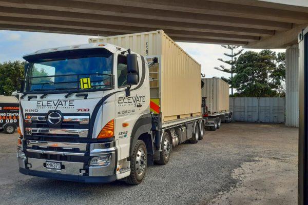 Elevate_transport_logistic_services_crane_truck_43