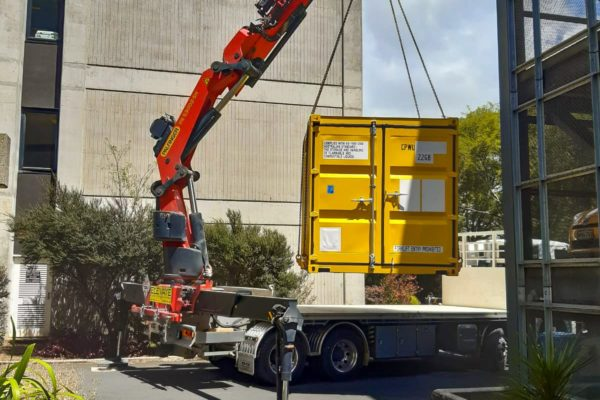 Elevate_transport_logistic_services_crane_truck_48