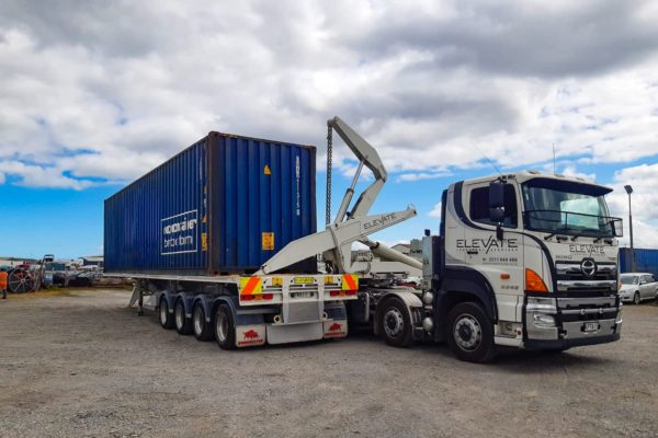 elevate_crane_truck_services_container_transport